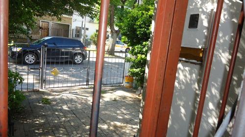 casa pu la blanqueada a pasos de 8 de octubre 3 dormitorios.