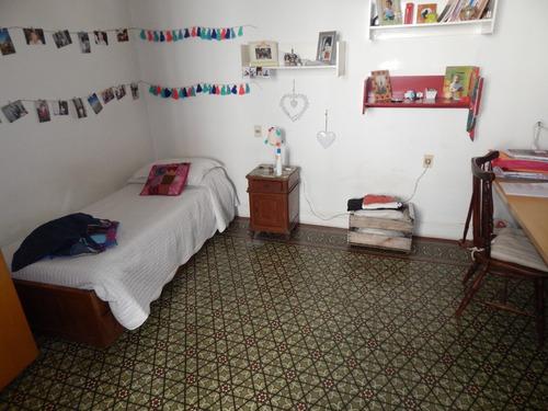 casa tres dormitorios malvin con gran terreno