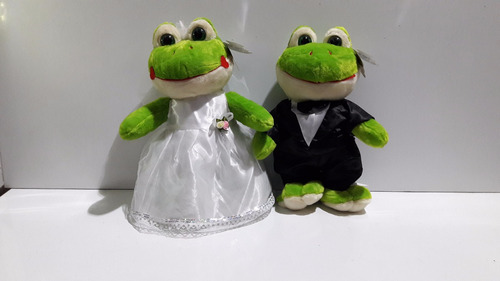 casal sapo noivo e noiva pelúcia p/ buquê buquet 42cm fb3323