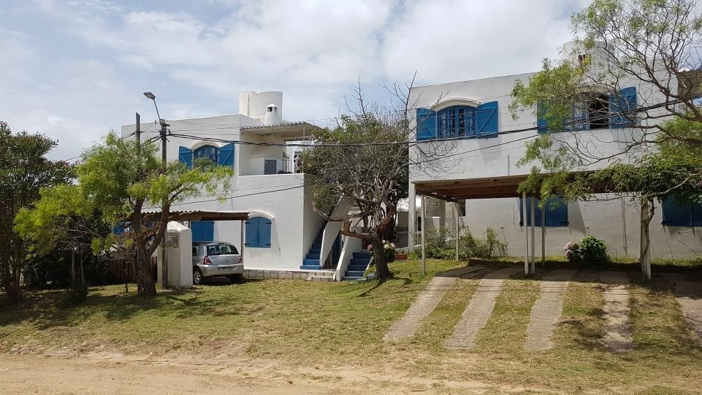 casas / aptos.disponible para 6 y 4 personas, playa 150 mtr