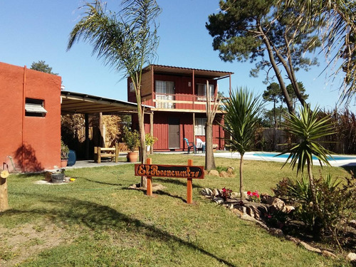 casas con piscina climatizada c/paneles solares