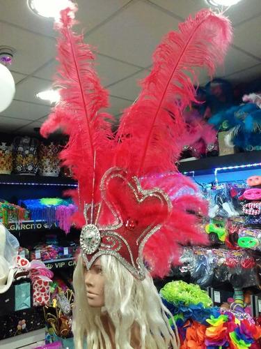 casco de plumas - color rojo - ideal 15 años, novia, etc