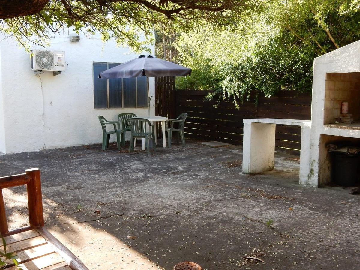 casita de 2 ambientes, baño y cocina