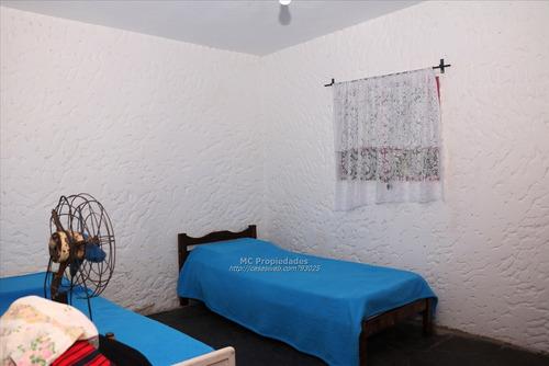 casita de un dormitorio con buen terreno