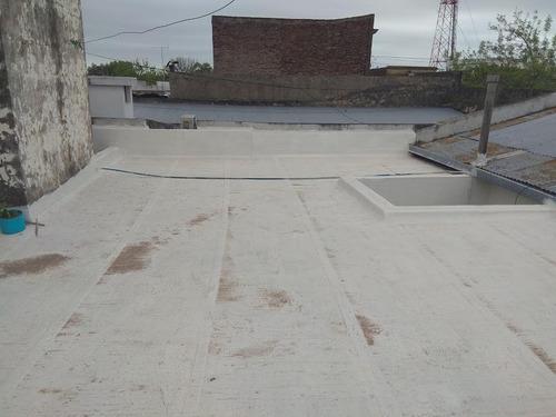 céntrica, con garaje y patio