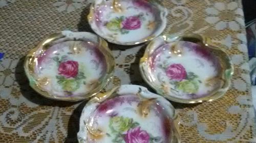 centritos antiguos de porcelana.8 unidades