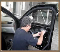 cerrajero juan. autos y casas. codificadas 099475760 24 hrs.