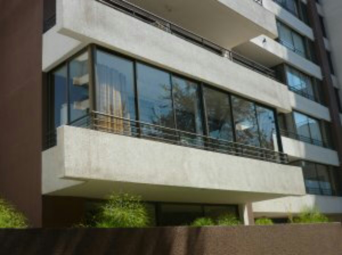 Cerramientos balcones terrazas clarabollas 100 00 en for Cerramientos de balcones