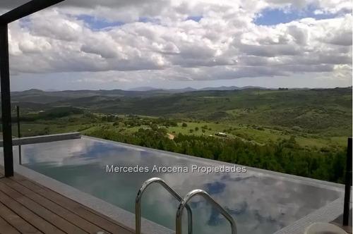 chacra en valle eden - espectacular vista -2 dorm y piscina