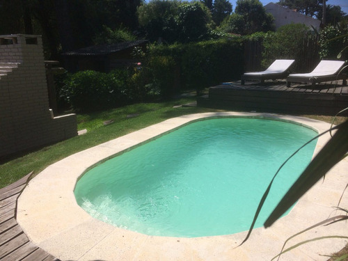 chalet c/piscina,cerco, a/a, wifi , tv cable -