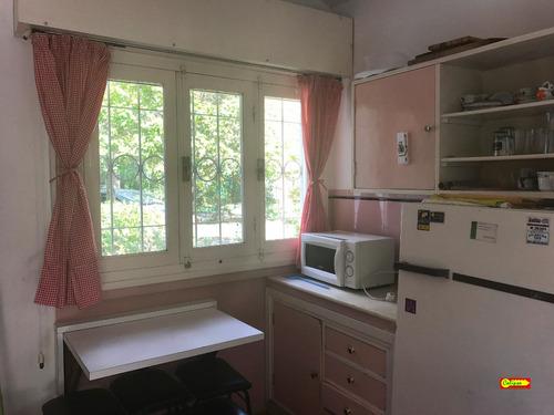 chalet de tejas con arboles frutales- inmobiliaria calipso
