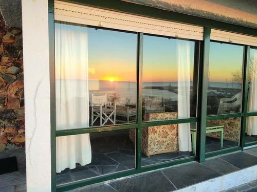 chalet espectacular frente al mar piriapolis temporada 2018