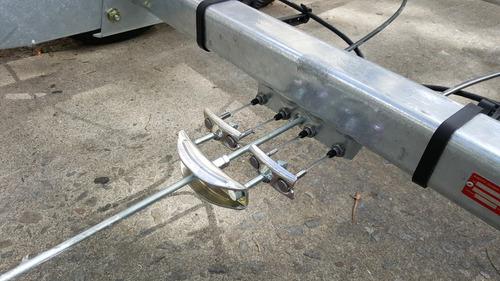 chasis para trailer con suspension y freno en las 4 ruedas