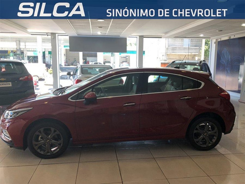 chevrolet cruze 5 hatch 2018 rojo 0km