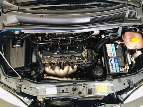 chevrolet zafira 2.0 gls 2008 100% financiada hangar motors