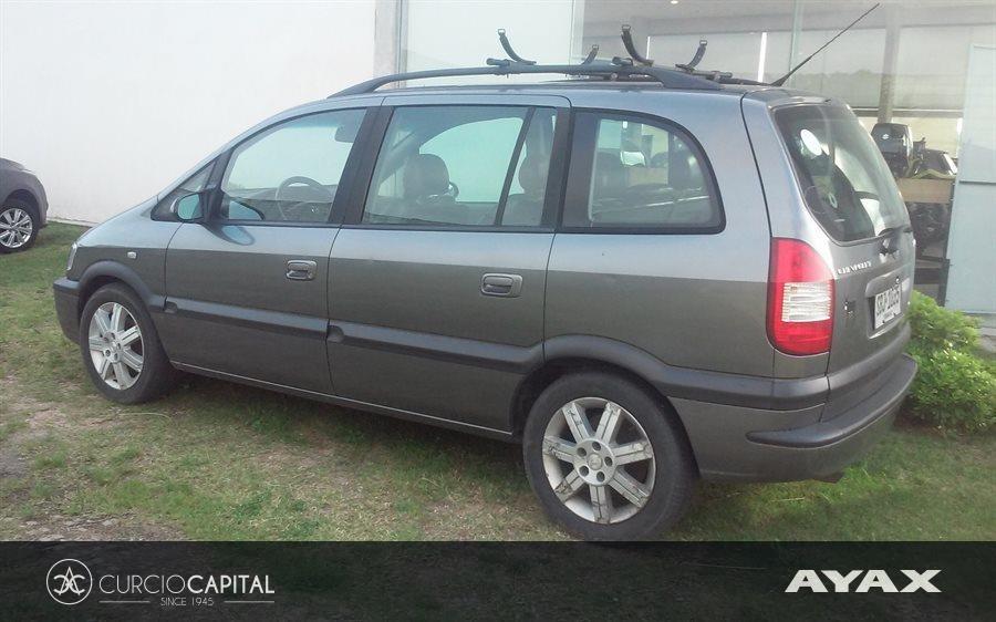 Chevrolet Zafira 2010 Gris Oscuro Excelente Estado Us 7900 En