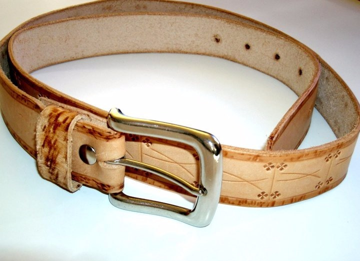 buscar auténtico detalles para replicas Cinturones Artesanales En Cuero X10 Para Mayoristas