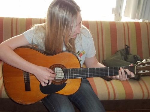 clases de guitarra y canto 14 años experiencia