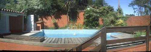 clásico chalet con terreno de 664 metros cuadrados, 141 m2 construidos por el emblemático  con piscina - ref: 21409