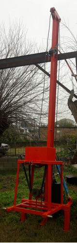 clavadora de postes- hincadora- clava palos - mecánica