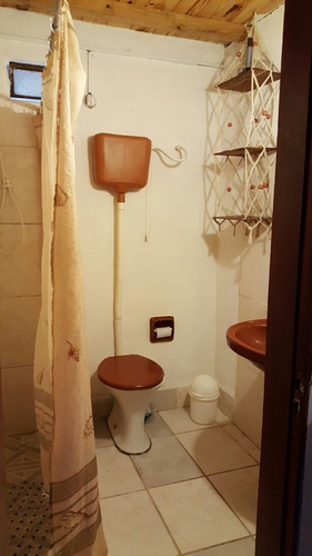 cocina comedor baño dos dormitorios amplio fondo  parrillero