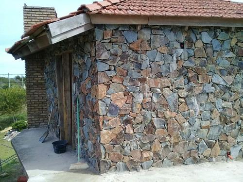 colocador de pierdas naturales artesanias en piedras
