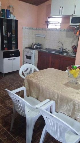 comoda casa en balneario arachania  prox a parada 19b