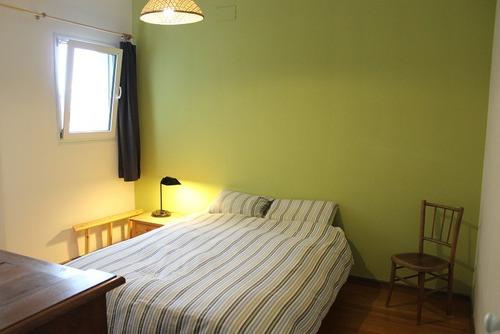 comodo apartamento en punta carretas, cerca del mar