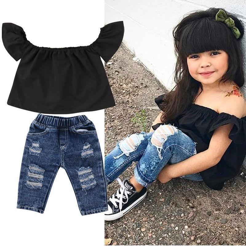 67c2b10ac conjunto de niña pantalon jean y blusa hombros descubiertos. Cargando zoom.