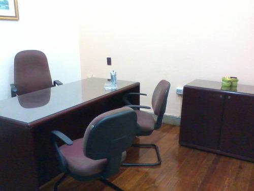 consultorio,salones de clase, escritorio por hora, por mes.