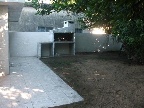 coqueta casita monoambiente  fte devoto 2 -3 p piria y bs as