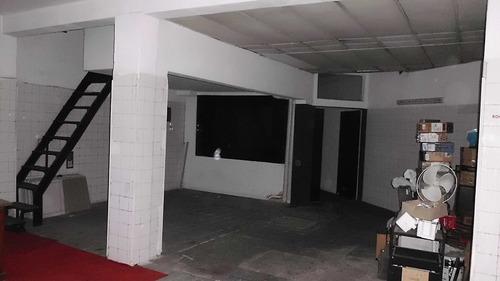 cordón, a metros de av. 18 de julio, local con vivienda