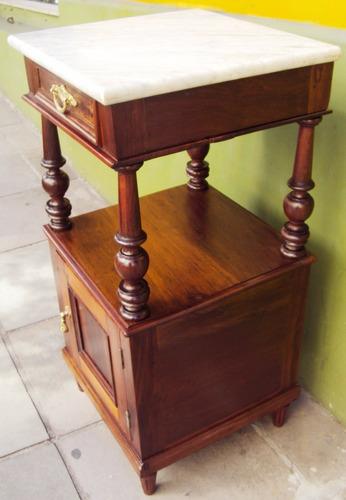 criado mudo antigo madeira cedro torneada e mármore carrara