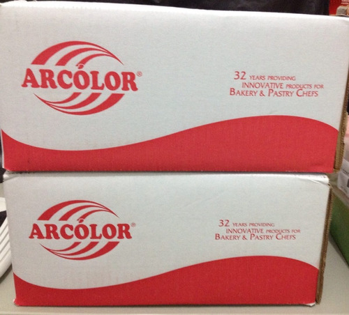 cx fechada pasta americana tradicional macia arcolor 12 uni