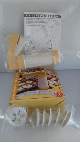 decorador de galletitas o tortas, con 10 formas diferentes