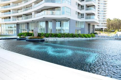 departamento 2 dormitorios en suite, terraza con parrillero propio, piscina - look brava - playa brava