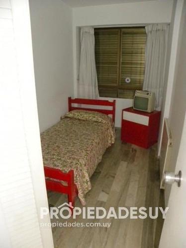 departamento en alquiler de 3 dormitorios y dep. servicio - 2 baños en punta del este