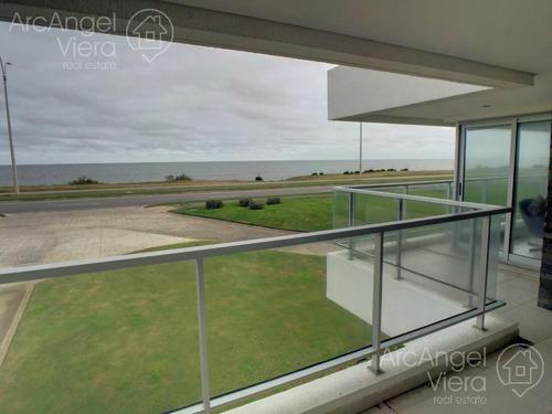 departamento frente al mar en alquiler anual - venta playa mansa punta del este