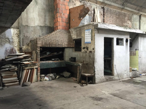 deposito, local ,taller en alquiler tres cruces la comercial