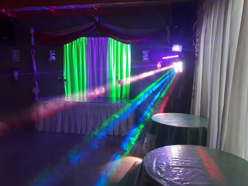 discoteca, pantalla gigante, parlantes, luces, dj, proyector
