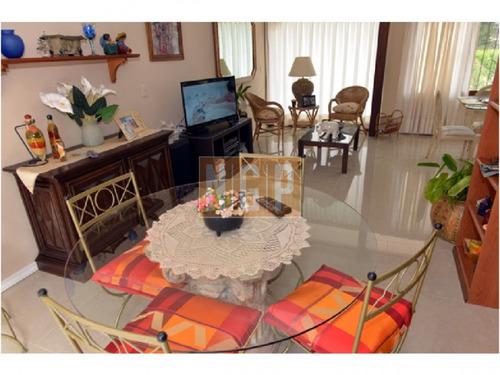divina casa en una zona hermosa - ref: 20431
