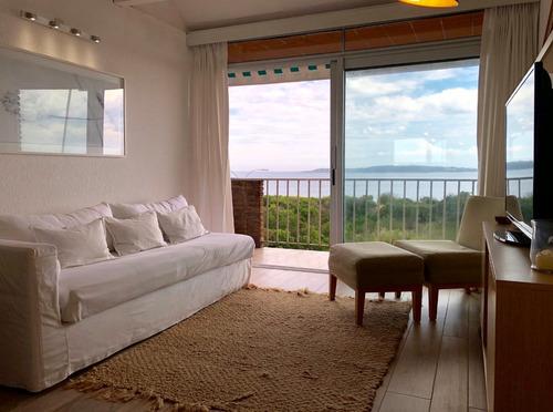 divino apartamento frente al mar