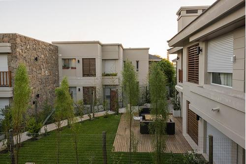 divino apto - amplio y luminoso - terraza c/parrillero
