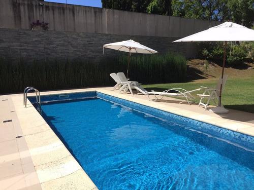 divino apto.venta carrasco- 2d c/parrillero propio - piscina