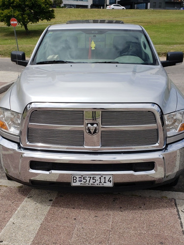 dodge ram 2500 5.7 pickup crew cab laramie 4x4 mt 2012