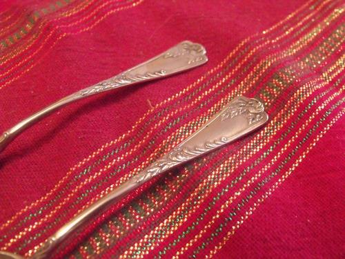dos cucharas de te trabajadas plata 800