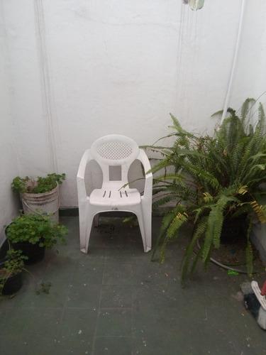 dueño vende apartamento en pleno centro con parillero
