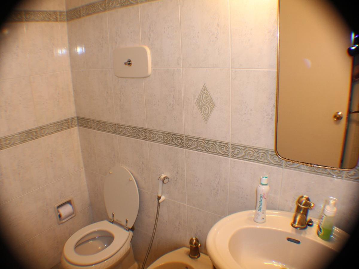 dueño vende apto 4 ó 3 dormitorios, 4 wc y servicio completo