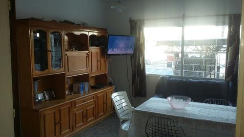 dueño vende apto tipo casa  excelente ubicacion!
