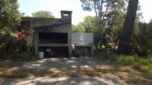 dueño vende hermosa casa en salinas a 3 cuadras del liceo